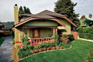 Color Scheme on Bungalow Home