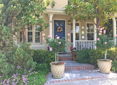 Irvine Home with Charming Cottage Garden