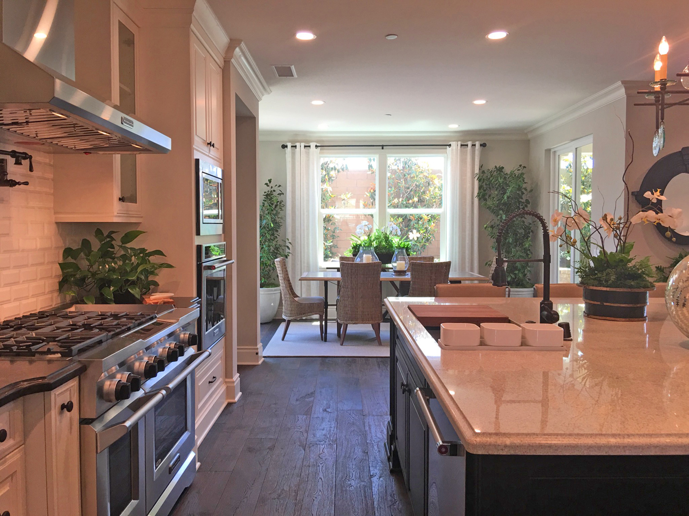 Oakmont Plan 3 Model Home Beacon Park Irvine Kitchen and Dining
